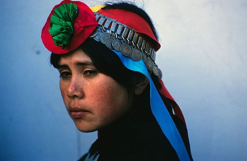 Mapuche woman, Temuco, Chile, 1990 by Marcelo Montecino, via Flickr