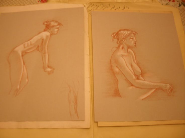 A couple of life model sketches by artist Jorge A. Porto. 21 x 30 cm., sanguine and White chalk on grey paper