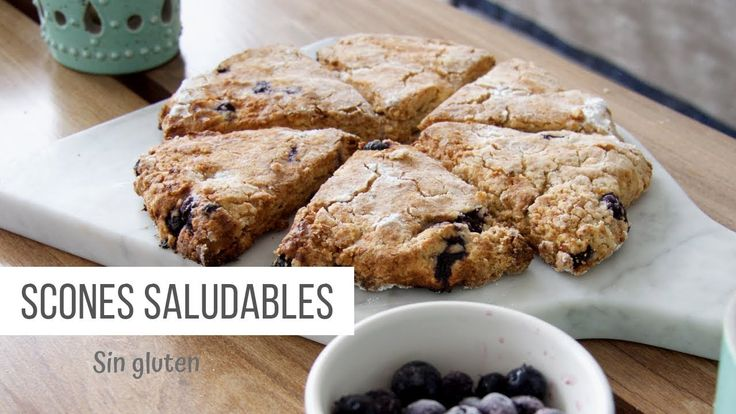 Cómo hacer scones - Receta fácil y sin gluten - YouTube Chocolate Sin Gluten, Banana Bread, French Toast, Cereal, Gluten Free, Cookies, Breakfast, Desserts, Recipes