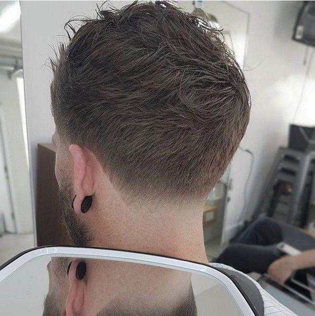 Le Degrade A La Nuque Coupe De Cheveux Homme Coupe Cheveux Homme Coupe Cheveux Homme Degrade Photo Coiffure Homme