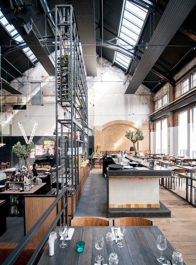 Grandcafé en restaurant Khotinsky Dordrecht somehow that tiny green glass on the table drew my eye like nobody's business