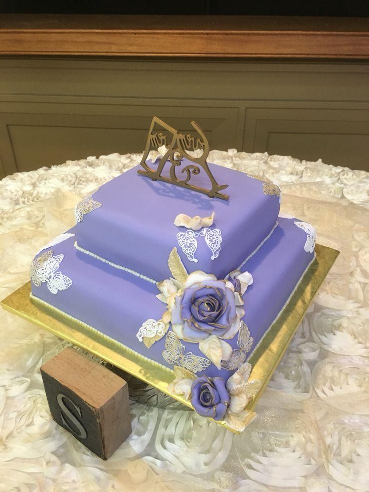 Beautiful wedding cake by Natalie