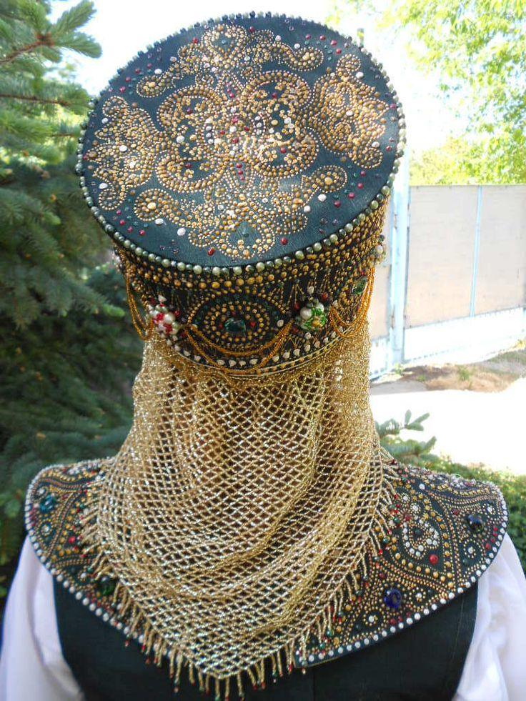 Автор костюма - http://my.mail.ru/mail/rusaevakomleva_irina/