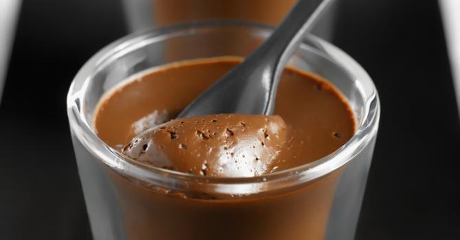 Recette de Crèmes chocolat-café au fromage blanc 0%. Facile et rapide à réaliser, goûteuse et diététique. Ingrédients, préparation et recettes associées.