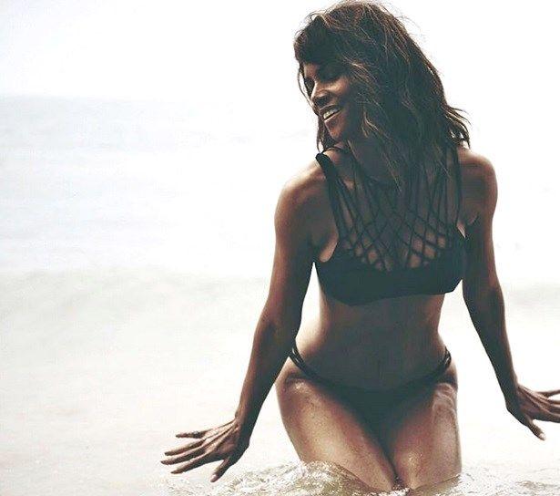 halle berry bikini fitness diet exercise beauty secrets health