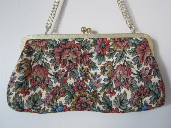Du Val Floral Brocade Purse by FancyVintageFinds on Etsy, $10.00