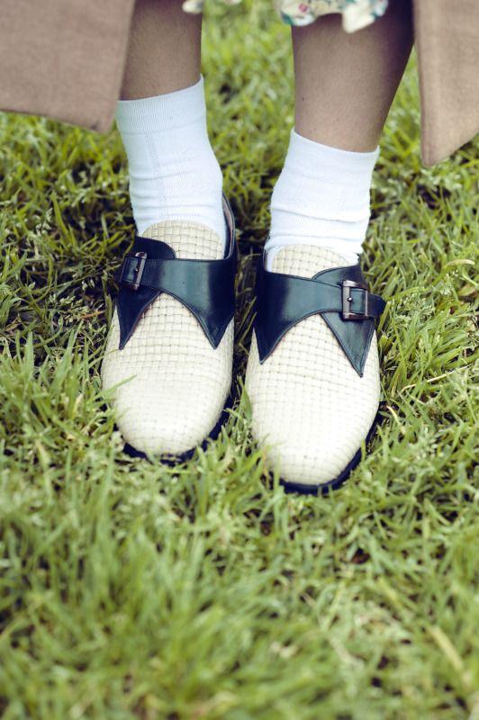 Lawn Bowling Shoes http://zanitazanita.blogspot.com/2011/08/miss-unkon.html