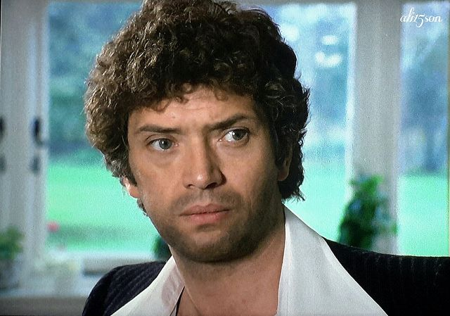 from Leandro is martin shaw gay