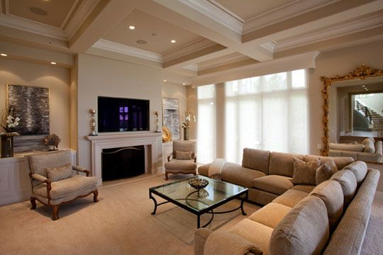 This Is A Beautiful Living Room Setup With A Sectional Couch Light