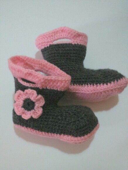 Botas bebe crochet