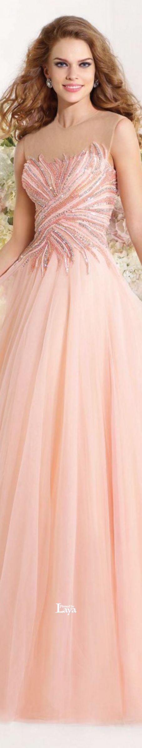 329 best Robes images on Pinterest | Low cut dresses, Bridal gowns ...
