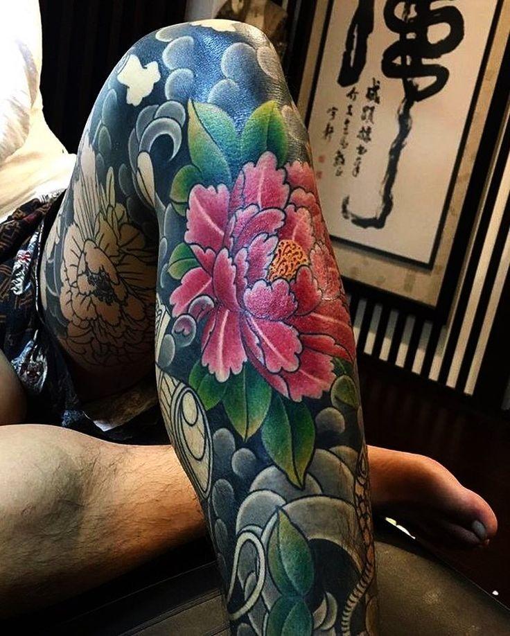 Japanese leg-sleeve tattoo by @hori_tora. #japaneseink #japanesetattoo #irezumi #tebori #colortattoo #colorfultattoo #cooltattoo #largetattoo #legtattoo #tattoosleeve #legsleeve #legsleevetattoo #flowertattoo #peonytattoo #girltattoo #tattooedgirl #blackwork #blackink #blacktattoo #wavetattoo #naturetattoo
