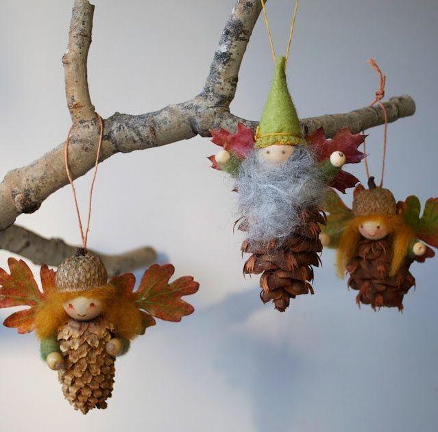 Как из шишек делать фигурки и елочные игрушки - эльфы или гномы