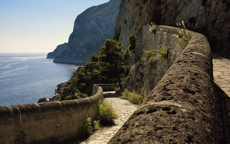 Capri Day Trip - What to see in one day Capri!!!! Down to times and everything. Do Blue Grotto first thing in the morning!