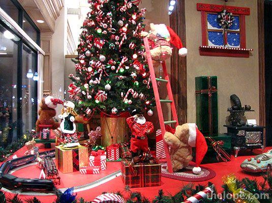 643 best Christmas window display images on Pinterest ...