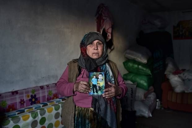 Potret Para Ibu yang Anaknya Gugur Melawan Negara Islam