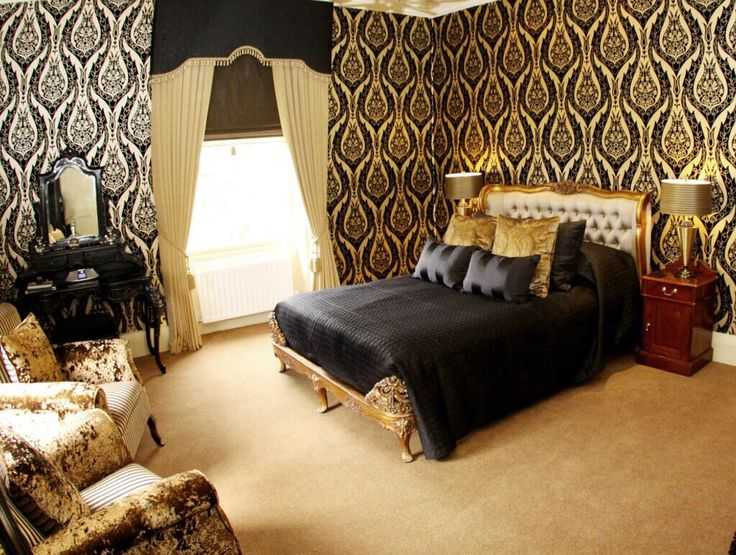 """""""Relax, rest, release and unwind- book one of our 17 themed rooms and experience a well deserved break"""""""