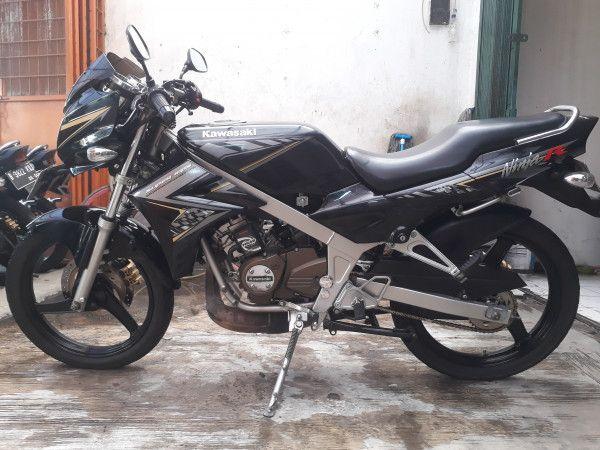 Ninja R Th2015 Kredit Sejabodetabek Serang Dp Cukup 2 5jt Aja H Rony Motor Ninja Motor Sport