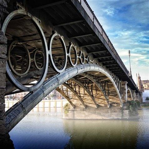 Puente en Sevilla