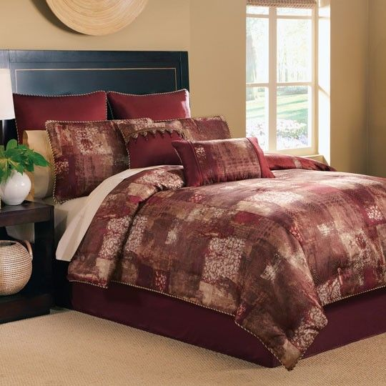 10 Ultra Small Bedrooms With King Size Beds: 10 Best Images About Comforters On Pinterest