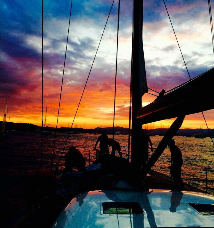 We enjoy this stunning sunset #sunset#PH3