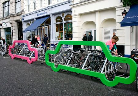 Clever bike rack acts as a barrier that protects bicycles from cars