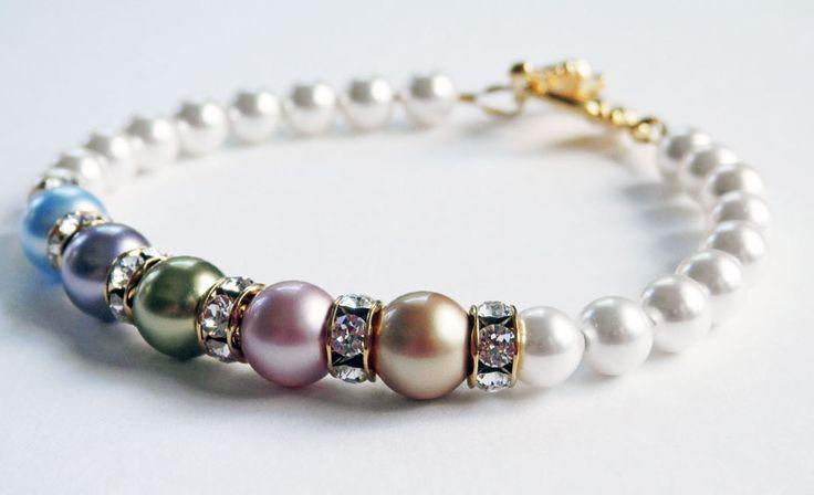Mothers Pearl Bracelet - Swarovski Pearls - Birthstone Bracelet - Gold Toggle Clasp - Custom Made - Grandmother Bracelet - Gift for Her