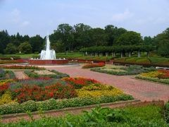 花木野草など約600種5万本の植物が四季折々に訪れる人の目を楽しませてくれるのが茨城県植物園 気軽にお弁当を広げたりできる芝生広場も人気 毎月何かイベントをやってあるので楽しいですよ  tags[茨城県]