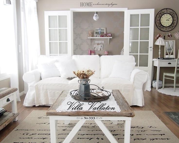 Itse tehty sohvapöytä Villa Vallaton