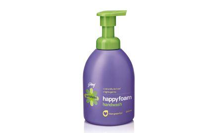 Buy 1 Protekt Hand Wash Foam Pump (Foamer) 300 ml Pump at Rs 49 & get 1 refill free. Valid at all super markets.
