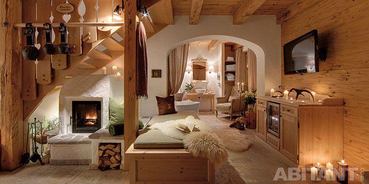 Компактная гостиная с камином