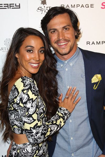 Alex and Sierra http://www.seventeen.com/_mobile/entertainment/reviews/alex-and-sierra-first-album