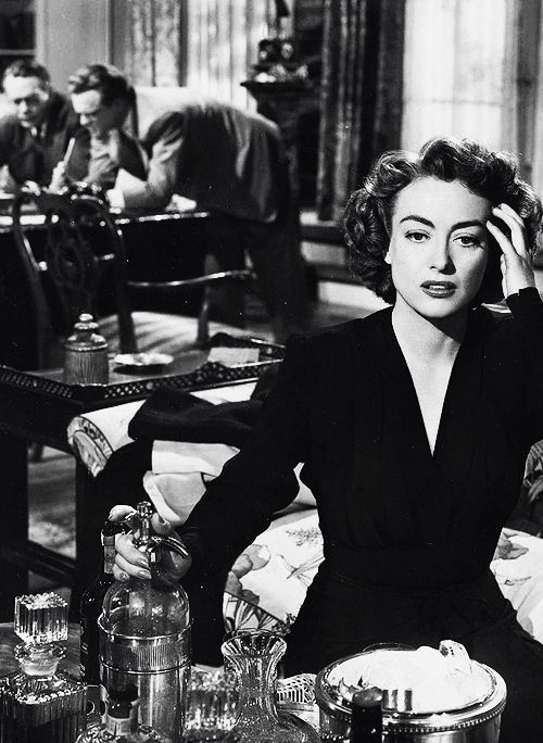 "Joan Crawford in a production still from Possessed, Possessed (""Fogueira de Paixões"", 1947). Film-Noir. Director: Curtis Bernhardt. Stars: Joan Crawford, Van Heflin, Raymond Massey. 