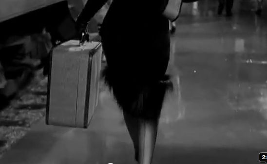 Some Like It Hot Famous Marilyn scene walking past train! Screen shot 2012-02-09 at 9.52.40 AM