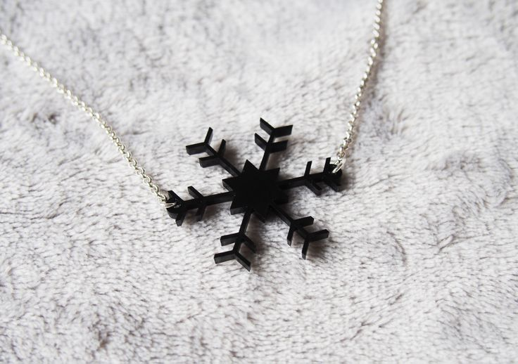 One-off designs laser cut on 3mm black acrylic sheets. Comes with a 50cm long good quality sterling silver plated belcher chain necklace with sterling silver plated clasp. 80cm long chains are available at $3 extra.  Snow flake measures approximately 3.5cm at widest point. - $15 each  Free standard post within NZ. Combined shipping available.   International buyers are welcome!   Feel free to check out my listings on www.felt.co.nz/dorikae  Thank you for stopping by.