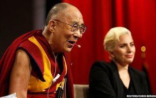 Planet Stars: Ο Δαλάι Λάμα μήλον της έριδος για την απαγόρευση τ...