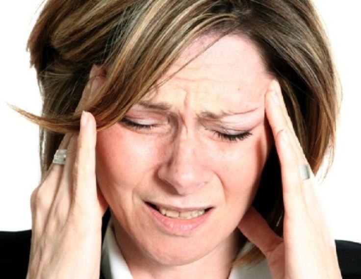 Neurología Dr. Jorge Salazar Ceballos (*) El nervio trigémino (llamado así porque se ramifica en tres partes) es un nervio mixto que tiene porción motora que permite el cierre de la boca, desviación de la mandíbula hacia uno y otra función sensitiva para la cara. También regula la producción de la saliva y lágrimas. La …