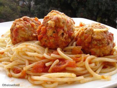 The Love Food: Almôndegas de soja com molho de tomate