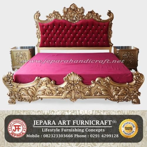 Model Tempat Tidur Classic Baroque Red Velvet