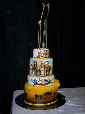 I don't know why I'd need an African animal cake, but I like it!