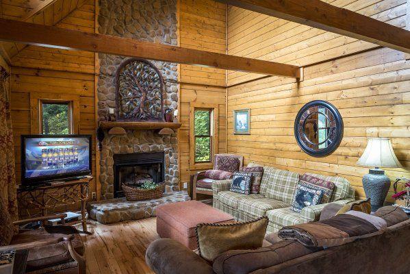 2 Cubs Cabin - Cabin rentals in NC, NC cabin rentals, cabins in Boone NC