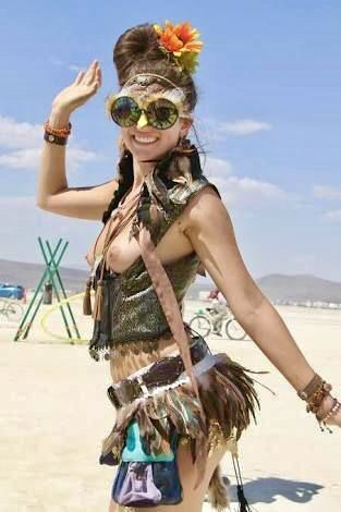 The Girls At The Burning Man Festival | B U R N I N G M A ...