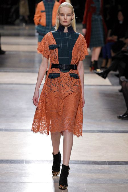 I love how this look has lace and plaid put together and it actually looks great.#PFW#F/W2013