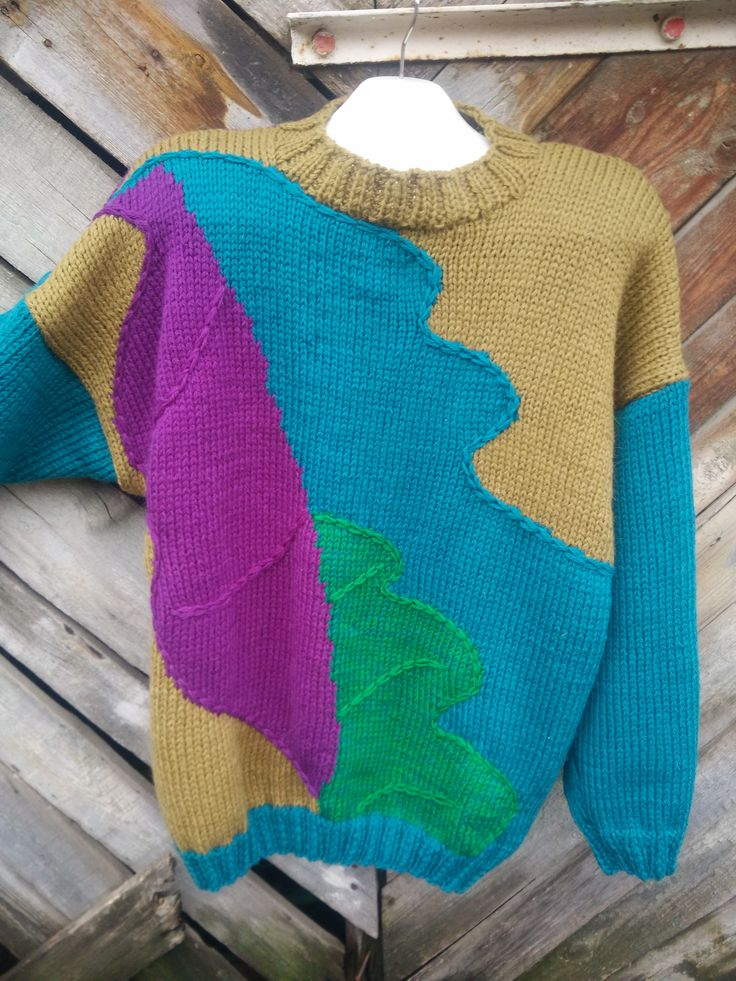 авторский свитер в стиле арт-деко,интарсия спицами,передняя полочка