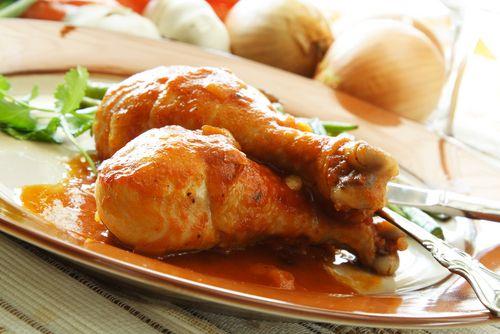 Este 🍗 POLLO A LA CERVEZA EN OLLA EXPRESS 🍗 es la mejor opción para preparar un plato completo y sabroso en poco tiempo ¡No podrás parar de mojar pan!
