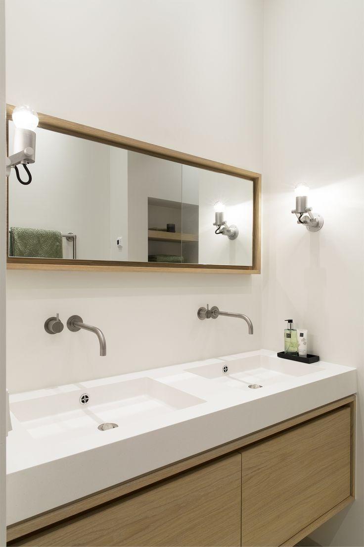 Modular Nomad Minimal Ultra, wandlamp Ontwerp verbouwing appartement door BNLA architecten. Fotografie Jansje Klazinga.