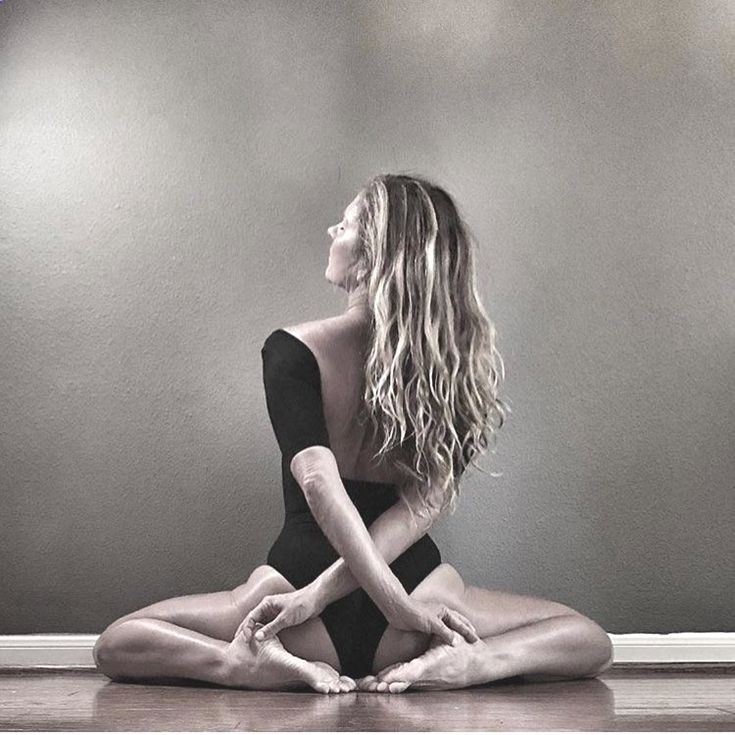 менее, очевидная позы йоги для фотосессии регулировщика