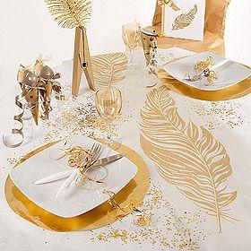 Le Chemin de Table Intissé Plumes Paillettes décoration mariage Doré. Une très jolie idée de décoration dorée pour vos table de mariage