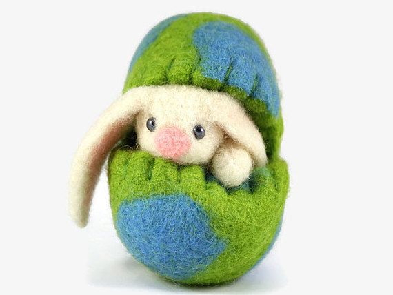 Easter Basket Filler - Felted Easter Bunny in an Easter Egg - Spring Home Decor - Miniature Easter Decoration - Wool Easter Bunny