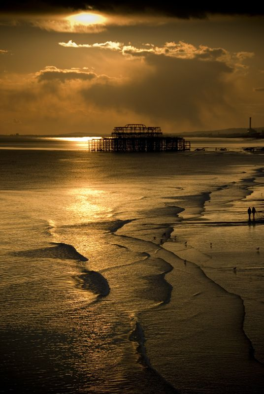 Sunrise Beach - Brighton, East Sussex, UK, beautiful shot ~~ Went there last year... Didn't get to enjoy the beauty because of the crowd.. Most crowded place we've been to in England so far haha.